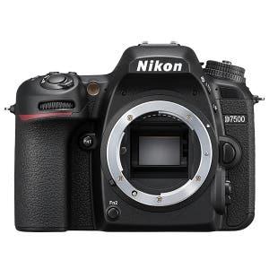 Nikon D7500 + 18-140mm f3.5-5.6 G ED VR (Digital SLR Cameras)