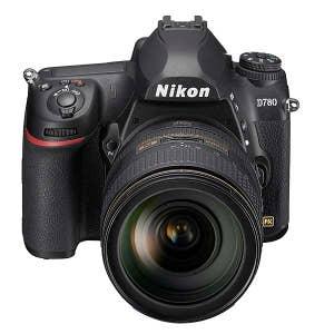 Nikon D780/24-120mm VR Kit BOX - Front