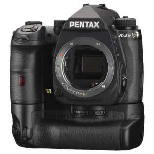 Pentax K3 III Premium Kit (Extra battery/grip & leather strap) - Black