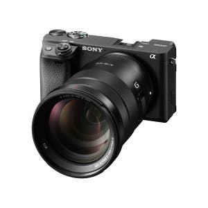 Sony A6400 + 18-105mm Zoom Kit - Black