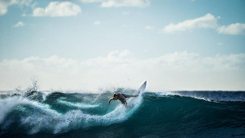 Catch The Next Wave: Surf Photography Tips