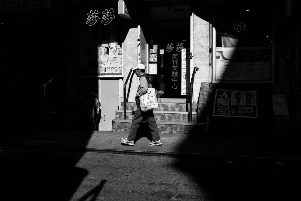 Which Is the Best Lens for Street Photography: 35mm, 50mm or 85mm?